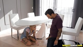 Kinky tattooed Bonnie Rotten loves getting her pussy increased by ass driled
