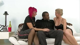 Caucasian harlot Kodi Kina is eager to dissemble on strong fat BBC (FFM)