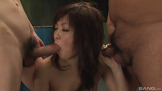 hairy pussy Sayuri Ito needs more than a dick for the crisis