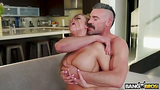 Hot blooded dude fucks sluttishly anticipating chick with juicy ass Britney Amber