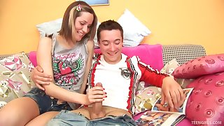 Andie in the matter of shorts banging not susceptible cock while her anal is fingered