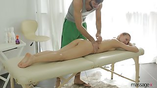 After giving BJ during massage infant with juicy ass Sabrina Moore rides dick