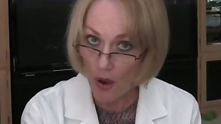 Hot amateur granny Wicked Low-spirited Melanie plays the acquiescent debase with
