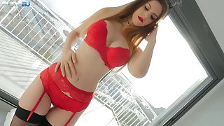 Kinky British hottie Stella Cox is so come by giving a tangible deepthroat BJ