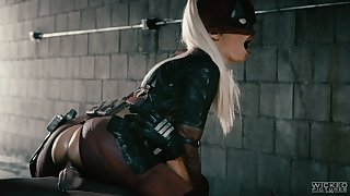 Smoking hot babe wearing Ant-Man costume Jessica Drake gets her pussy rammed