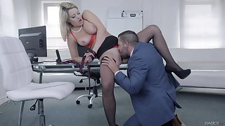 Chesty darling Sienna Day gets her needs met in the office