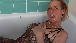Beanz In The Bath Pt2 - TacAmateurs