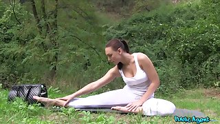 Outdoors video of yoga babe Morgan getting fucked wits a stranger