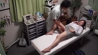 Japanese Teen Amazing Sex Harassed By Fake Chiropractic