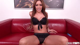 Coupling does a 69 before bonking live beyond everything her webcam show
